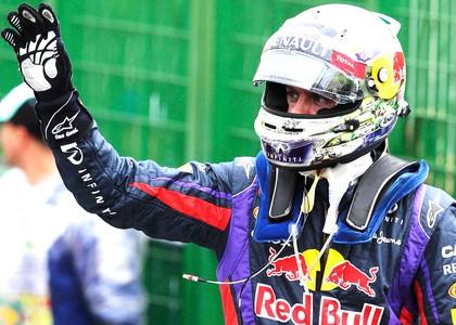 Vettel voa na chuva e conquista a pole em Interlagos; Massa larga em nono