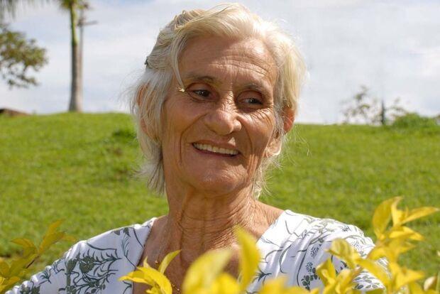 No dia do aposentado, idosa afirma que sua vida não está acabando