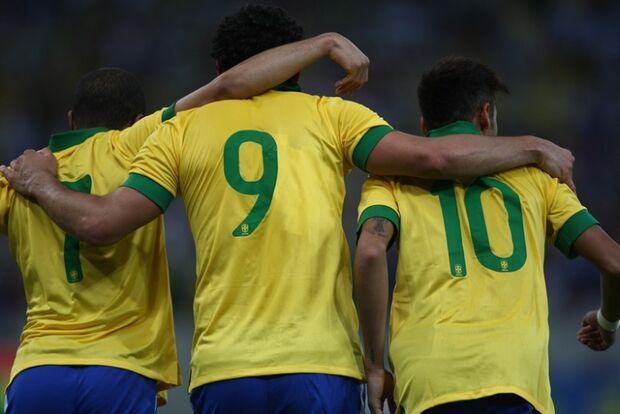 Felipão completa lista de convocados para amistoso contra a África do Sul
