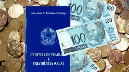 Rendimento médio real do trabalhador chega a R$ 1.908 em setembro, diz IBGE