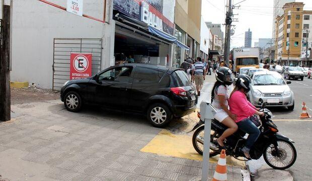 Estacionar no Centro da Capital pode levar até 40 min