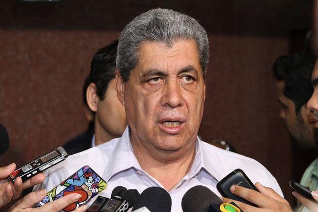 André diz que não falou sobre Bernal em encontro com vereadores