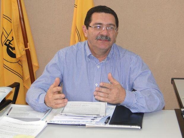 Justiça nega pedido do CFM e mantém decisão de farmacêuticos poderem emitir receitas.