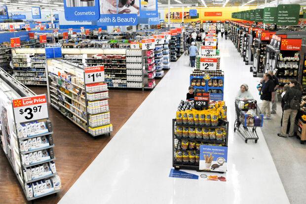 Em comemoração ao Natal, empresário doa US$ 21 mil para pagar contas de clientes do Walmart nos EUA