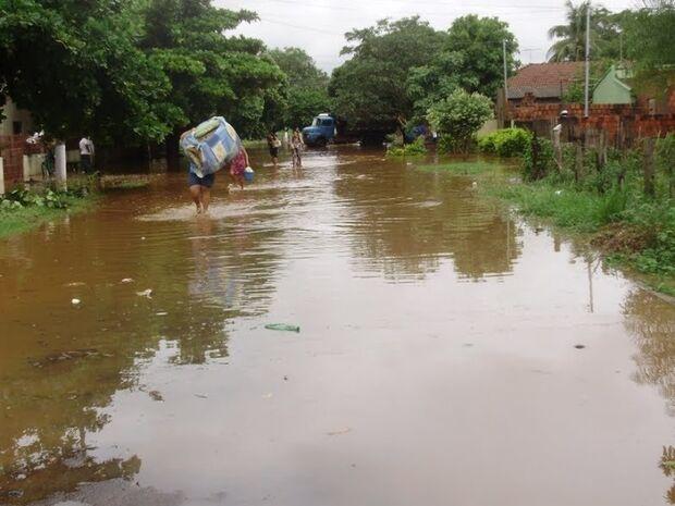 Proposta prevê isenção do IPTU a imóveis atingidos por enchentes
