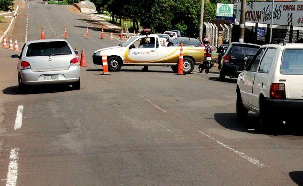 Alças de acesso no pontilhão da Avenida Salgado Filho estão interditadas para recapeamento