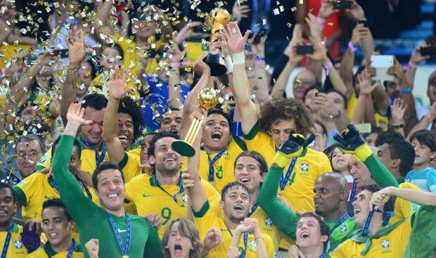 Futebol completa 150 anos e movimenta mercado financeiro de até US$ 1 trilhão