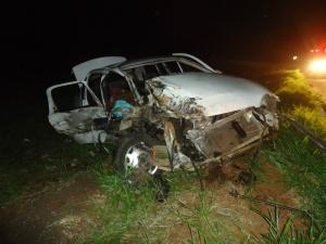 Idosa morre em acidente de Corsa e Caminhão na BR-267