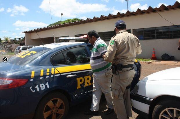 Homem preso em veículo com droga diz ter pego o carro com criança