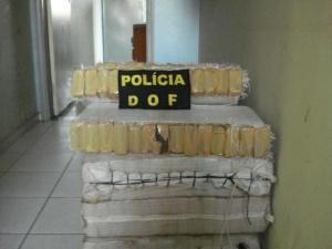 Douradense é preso com 175 quilos de maconha na MS-289