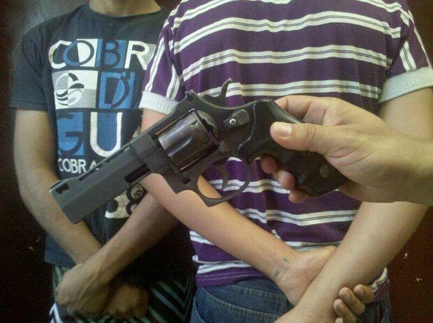 Polícia prende adolescente acusado de matar homem na Moreninha 3