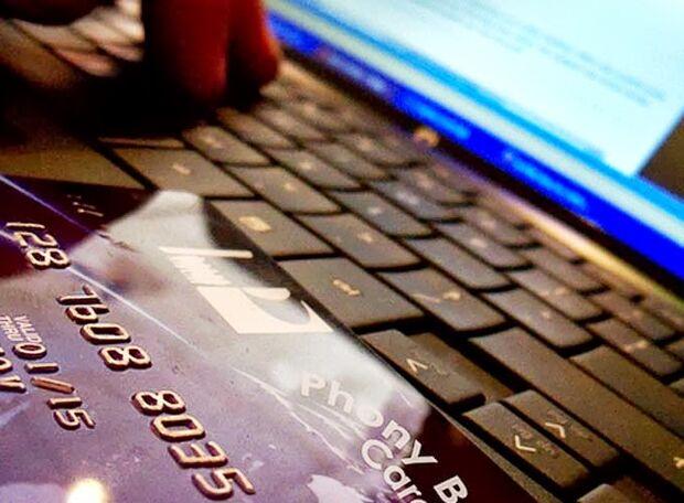 Compras online para final de ano tiveram alta de 41% em 2013