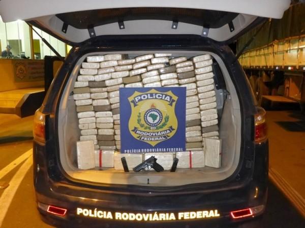 PRF apreende droga avaliada em R$ 2 milhões de reais
