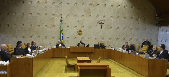 Maioria do STF absolve condenados no mensalão do crime de quadrilha