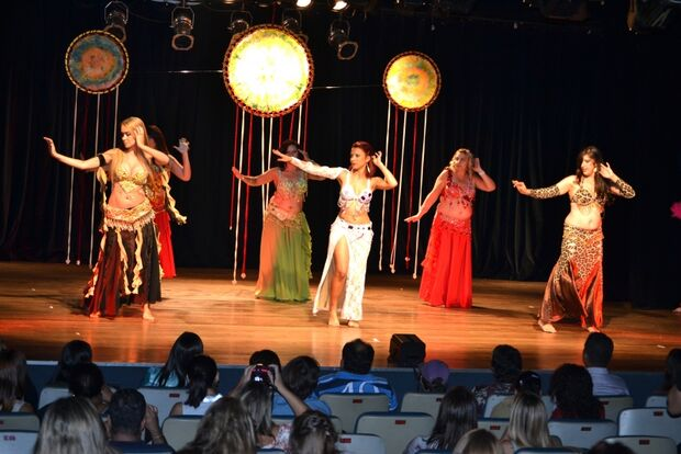 Espetáculo Chakra do Coração acontece no Teatro Aracy Balabanian