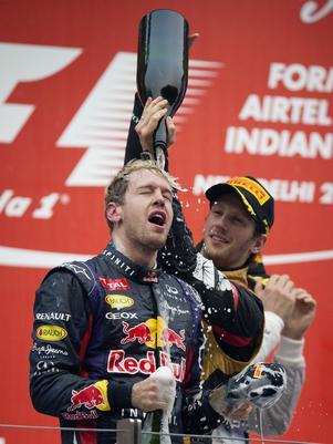 Massa diz que tetra coloca Vettel no mesmo patamar de Ayrton Senna