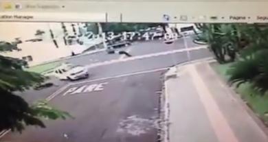 """Motociclista que """"voou"""" em acidente na Afonso Pena continua internado e passa bem"""
