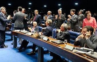 Congresso Nacional vota amanhã PEC do Voto Aberto para vetos e cassações