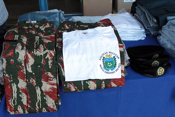 Efetivo da Polícia Militar recebe  12,6 mil uniformes