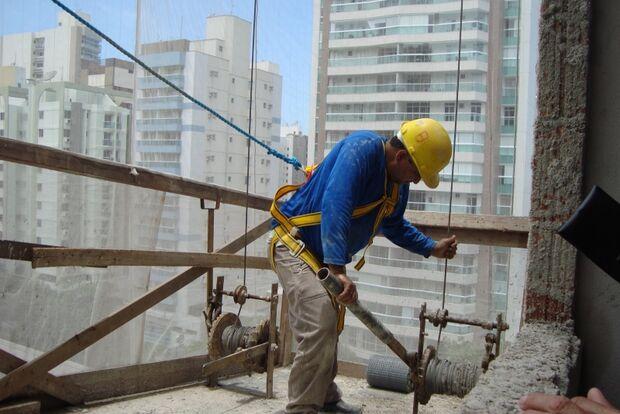 Reajustes salariais pressionam o custo da construção civil