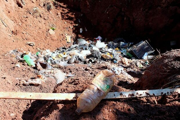 MP abre ação para investigar falta de coleta de lixo da Unei