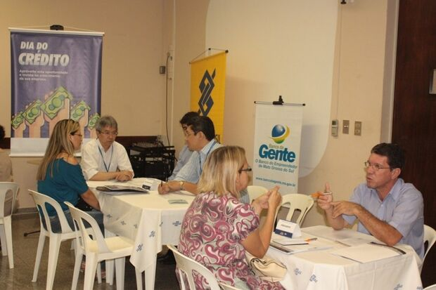 Dia do Crédito reúne empreendedores e bancos pela primeira vez em 2014