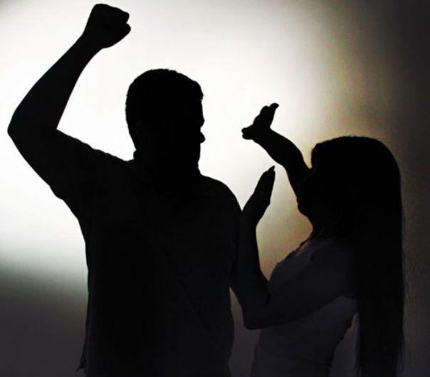 Jovem é torturada por mais de 10 horas pelo marido