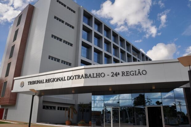 TRT oferece estágios para quatro municípios do Estado