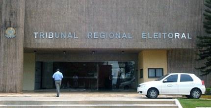 Justiça Eleitoral funciona normalmente nesta segunda-feira