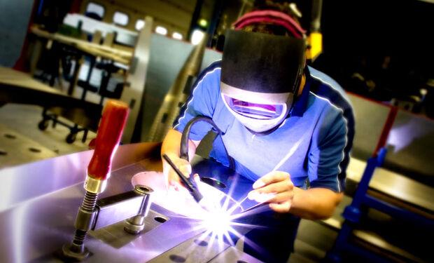 Pesquisa revela que maior problema da indústria brasileira é a falta de qualificação profissional