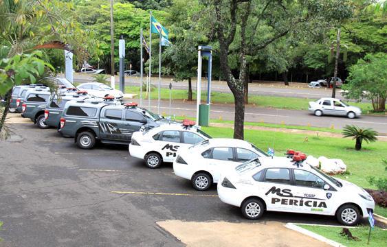 Governo de MS equipa segurança pública de MS com entrega de armas e viaturas