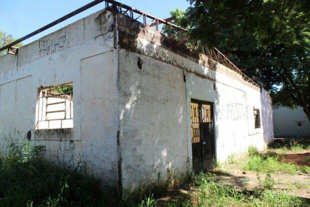 Moradores denunciam abandono do centro comunitário no Belo Horizonte
