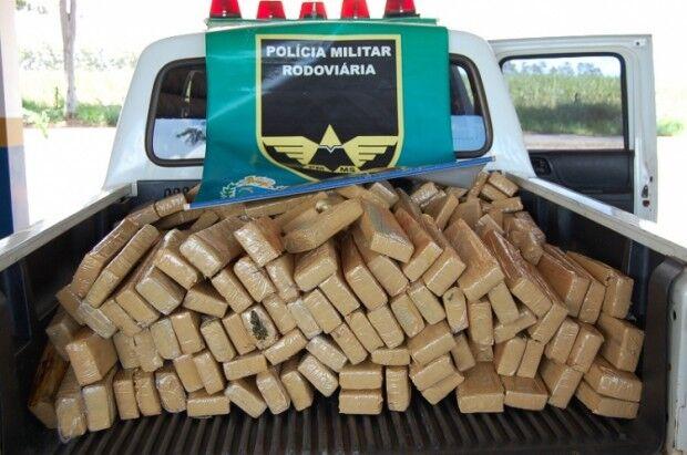 PMR apreende cerca de 237 tabletes de maconha em Nova Andradina
