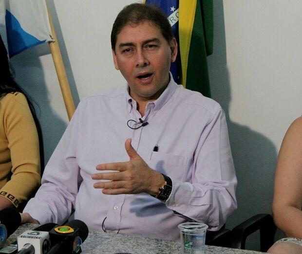 Bernal discute permanência de aliança com o PT nesta terça