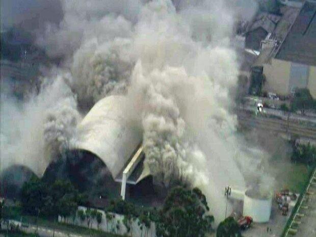 Incêndio atinge auditório do Memorial da América Latina em SP