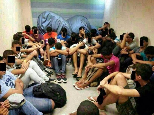 Grupo de jovens briga e inicia arrastão em shopping de Cuiabá