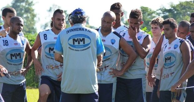 Time de Ivinhema participa de jogos preparatórios do Campeonato Estadual 2014