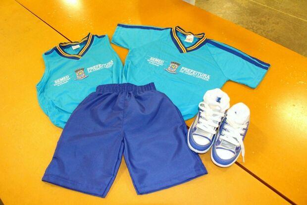 Envolvida em cartel, empresa de uniformes 'paraguaios' fornece roupas desde Puccinelli