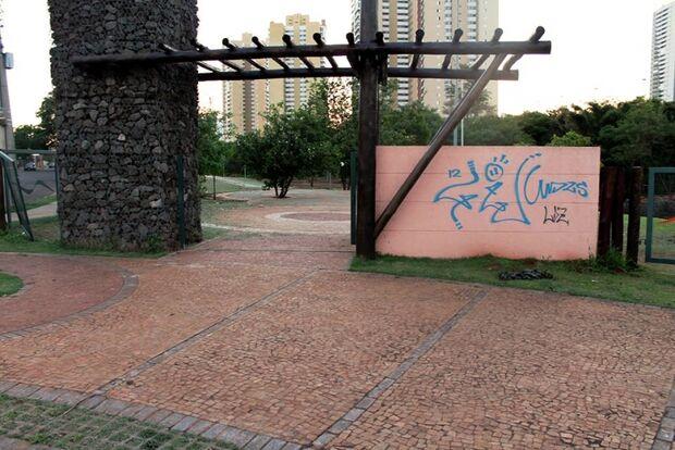 Lei prevê punição contra ações de vandalismo em Campo Grande
