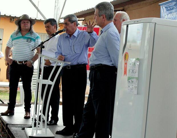 Programa Eficiência Energética beneficia 273 famílias em Campo Grande