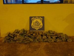 PRF apreende mais de 80 kg de maconha em Água Clara