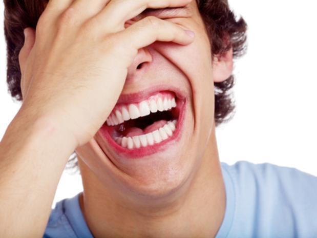 Sorrir é tão eficiente quanto exercícios para o bem-estar