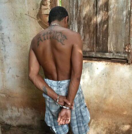 Polícia Civil fecha boca de fumo e prende 'chefe' do local