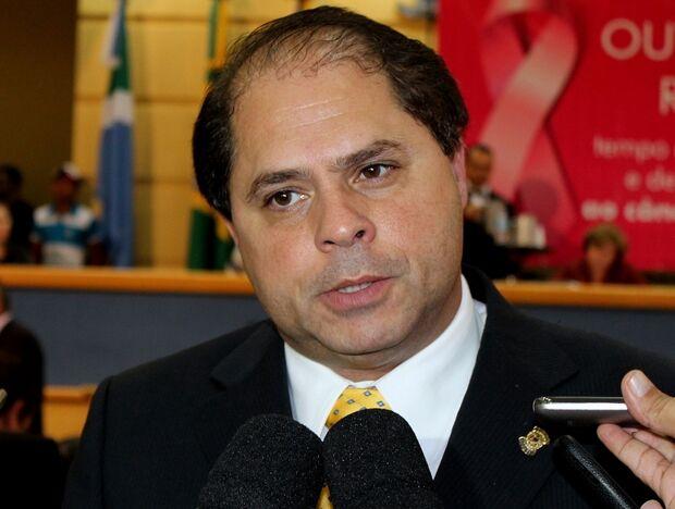 Mario Cesar discute redução de mais R$ 0,07 na tarifa de ônibus