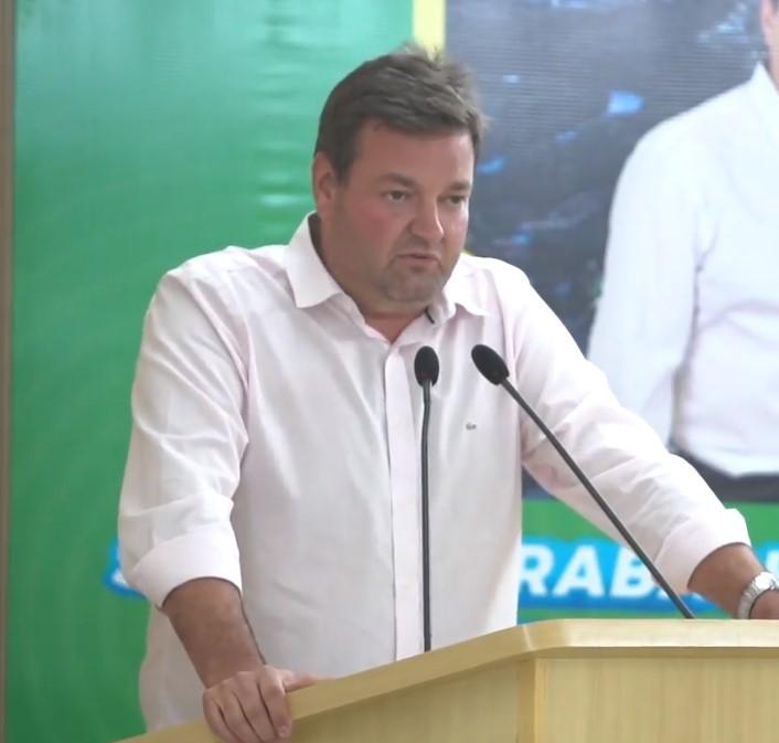Leandro Bortolazzi é o candidato de Waldeli à prefeitura de Costa Rica