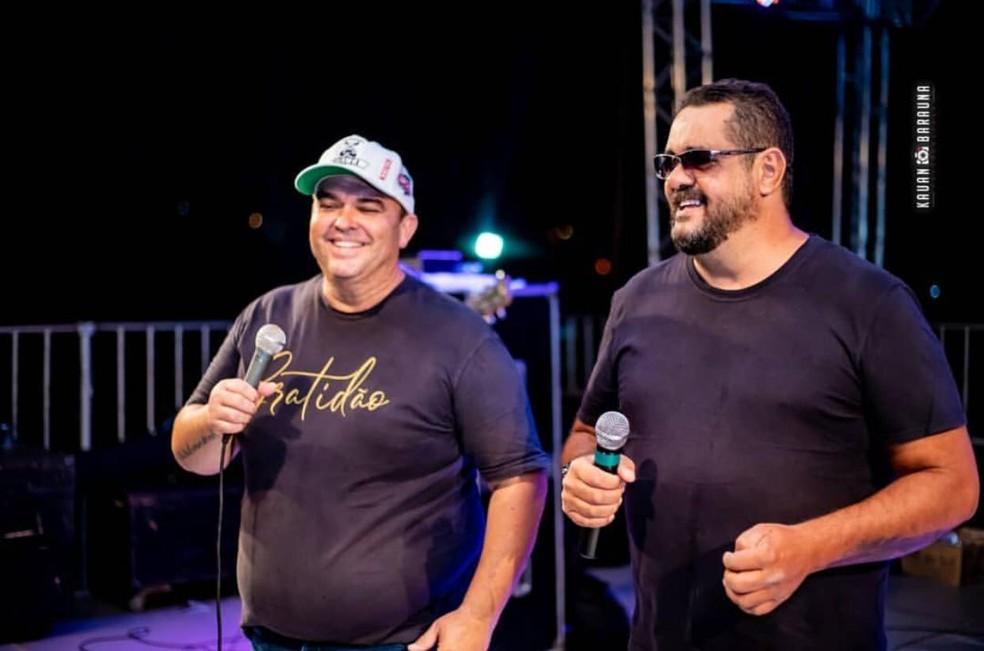 Paulo Sérgio e Santhiago cantaram por 11 anos