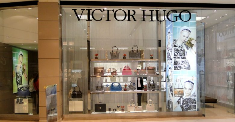 e58dcbeb7 Foto: Central de Notícias. A grife de luxo de bolsas e acessórios Victor  Hugo teve seus bens bloqueados pela ...