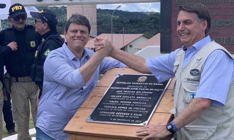 Bolsonaro e Tarcísio Feitas entregam pavimentação da BR-163 em MT - Portal  TOP Mídia News